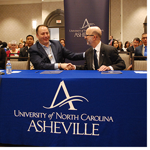 United South and Eastern Tribes Inc. (USET) and the University of North Carolina at Asheville (UNC Asheville) agreed to collaborate on an education initiative